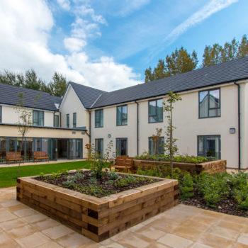 Scarlet-house-Stroud