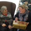 Photo 1 Grimsby Grange – Young's Xmas gifts