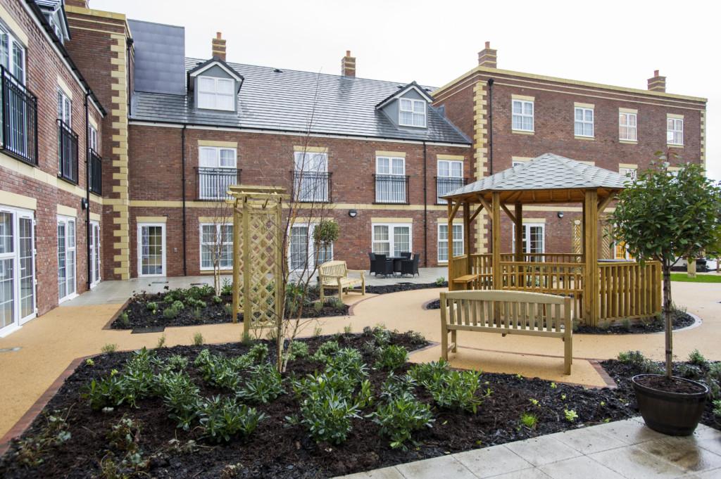 Upton Dene Residential and Nursing Home, Caldecott Close, Chester, Cheshire, CH2 1FD For Sanctuary Group Photo: Ed Maynard 07976 239803 www.edmaynard.com