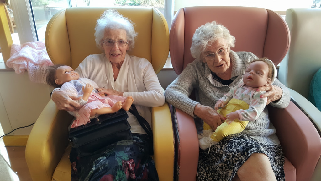 1MB Stella Denton (left) with Lavender and Peggy Virgin with Violet