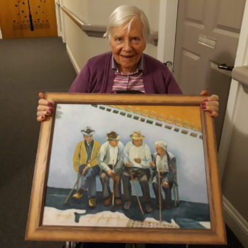 Elizabeth Court resident Rhona Rawson with her painting