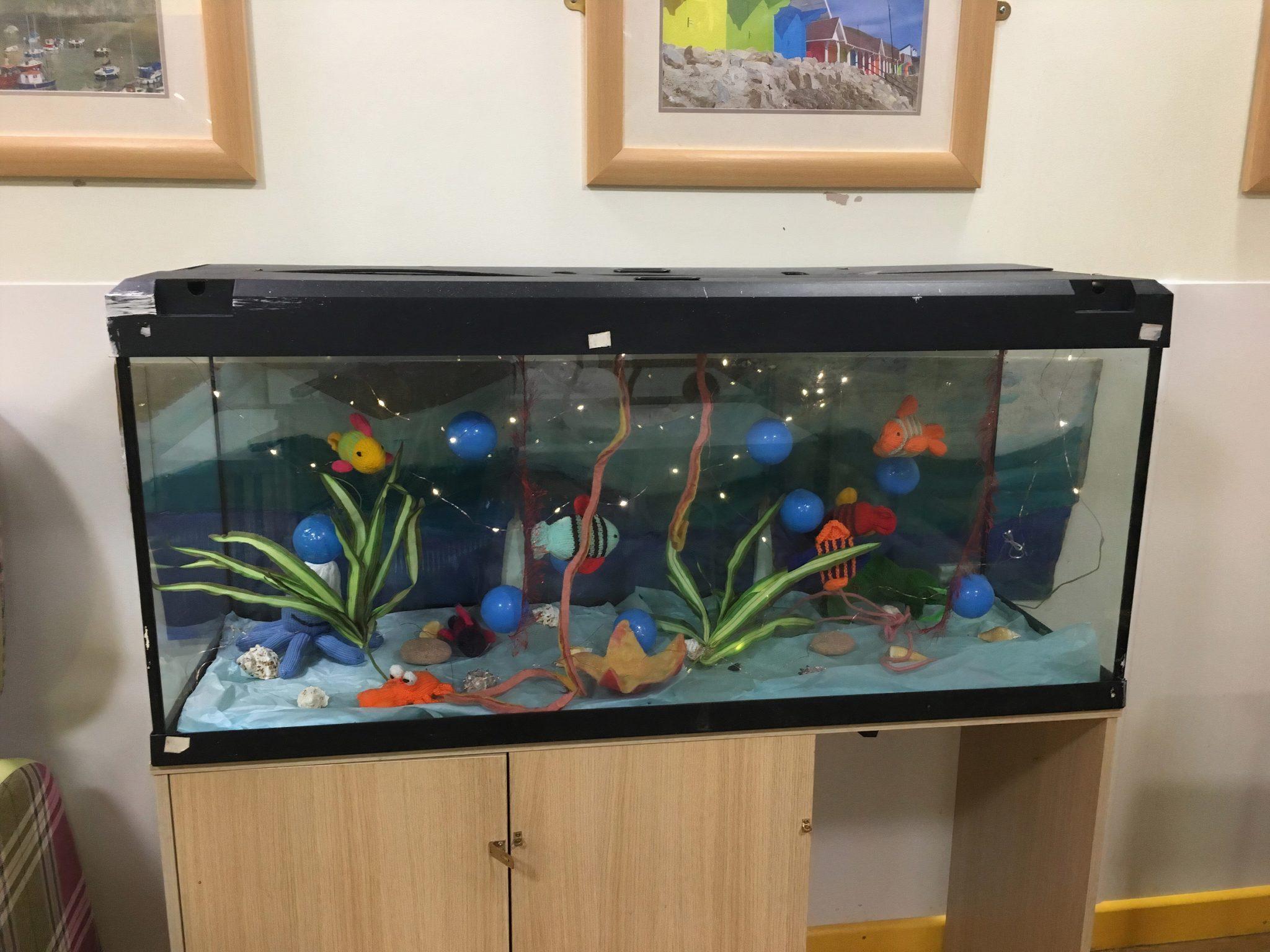 The 'fish'-tastic aquarium (002)